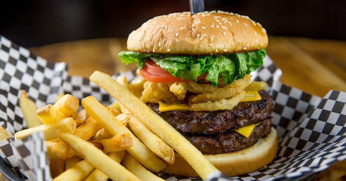 Killin' Me Burger - J.T. Hannah's Kitchen